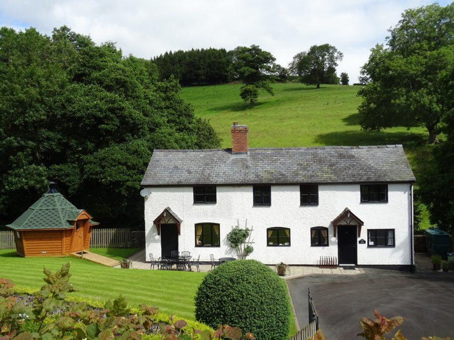 Rose Cottage at Hicks Farm Holidays
